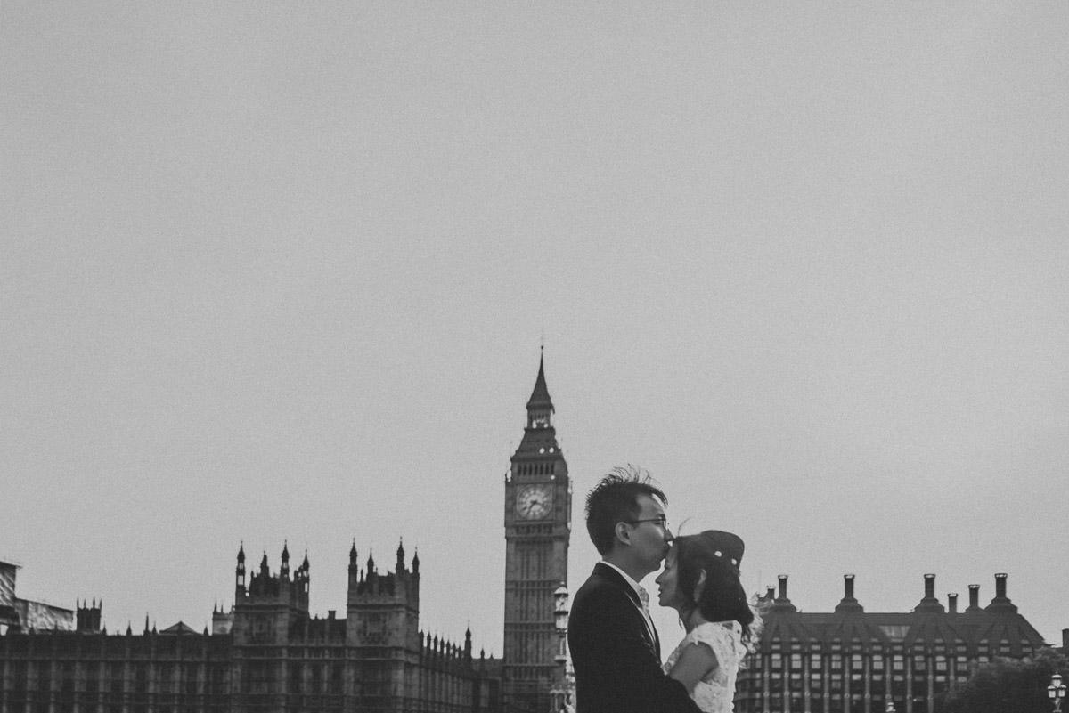 london engagement photographer 39