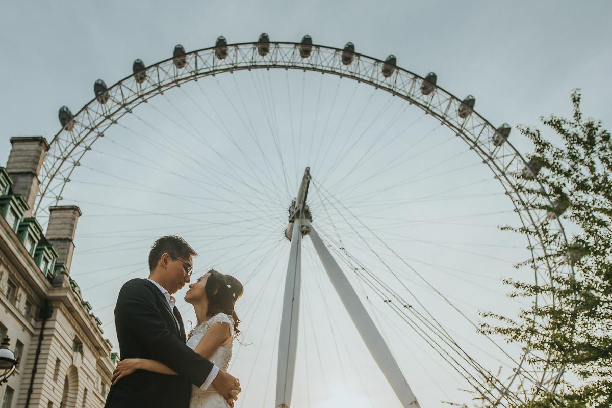london engagement photographer 43