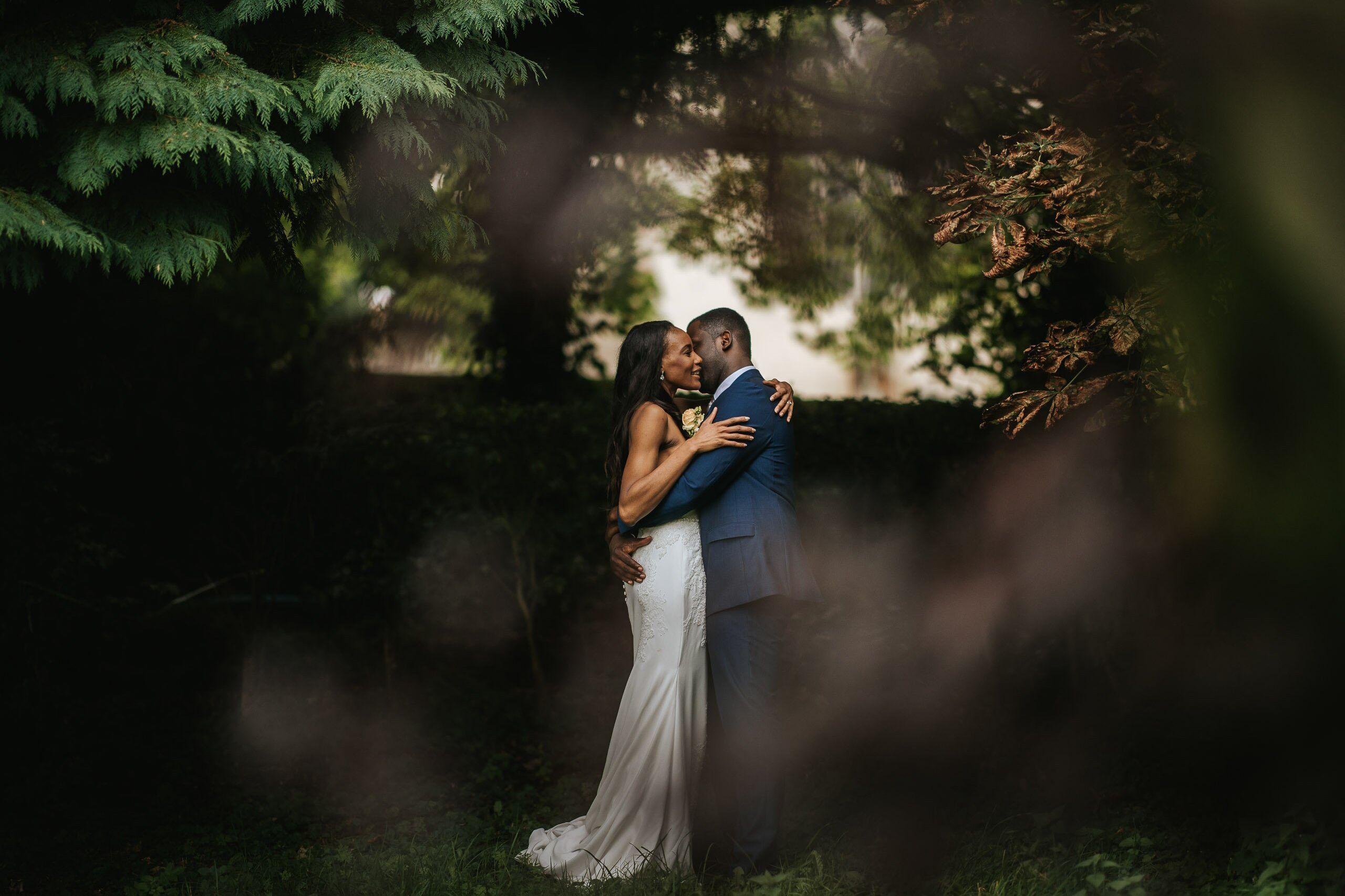 froyle-park-wedding-couple