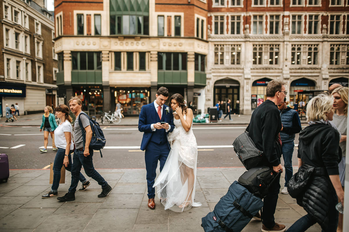 city london wedding bride and groom on the streets