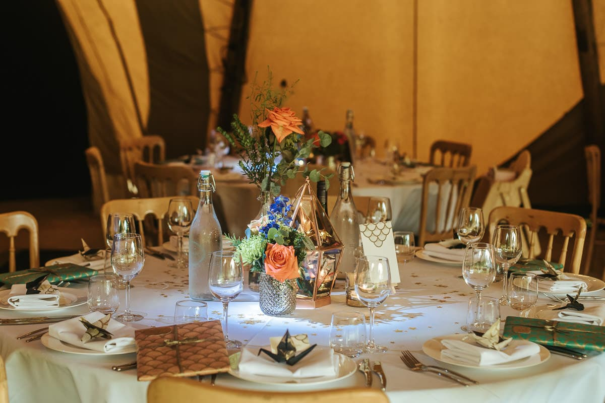 tipi wedding berkshire table