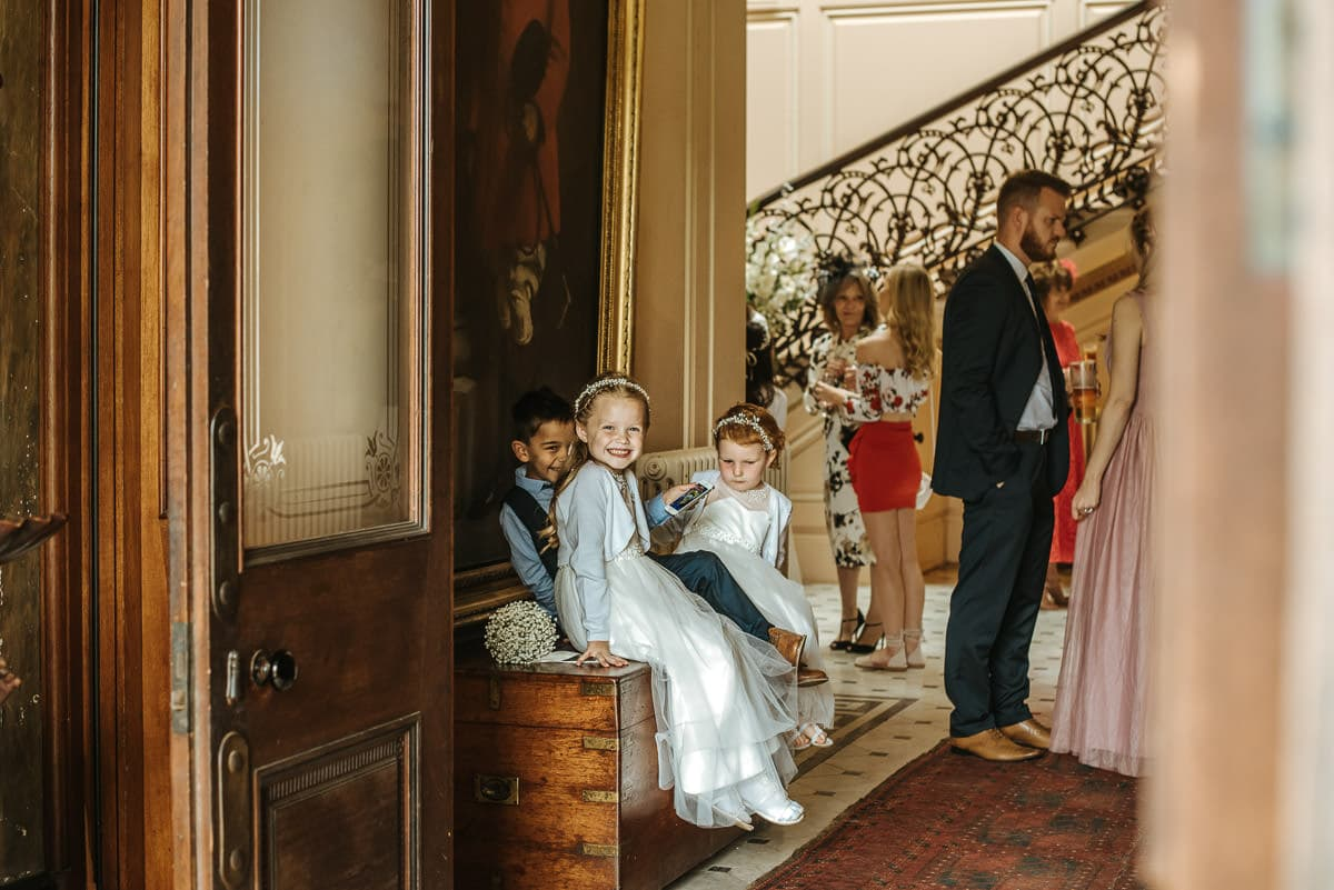 mount ephraim gardens kids at wedding
