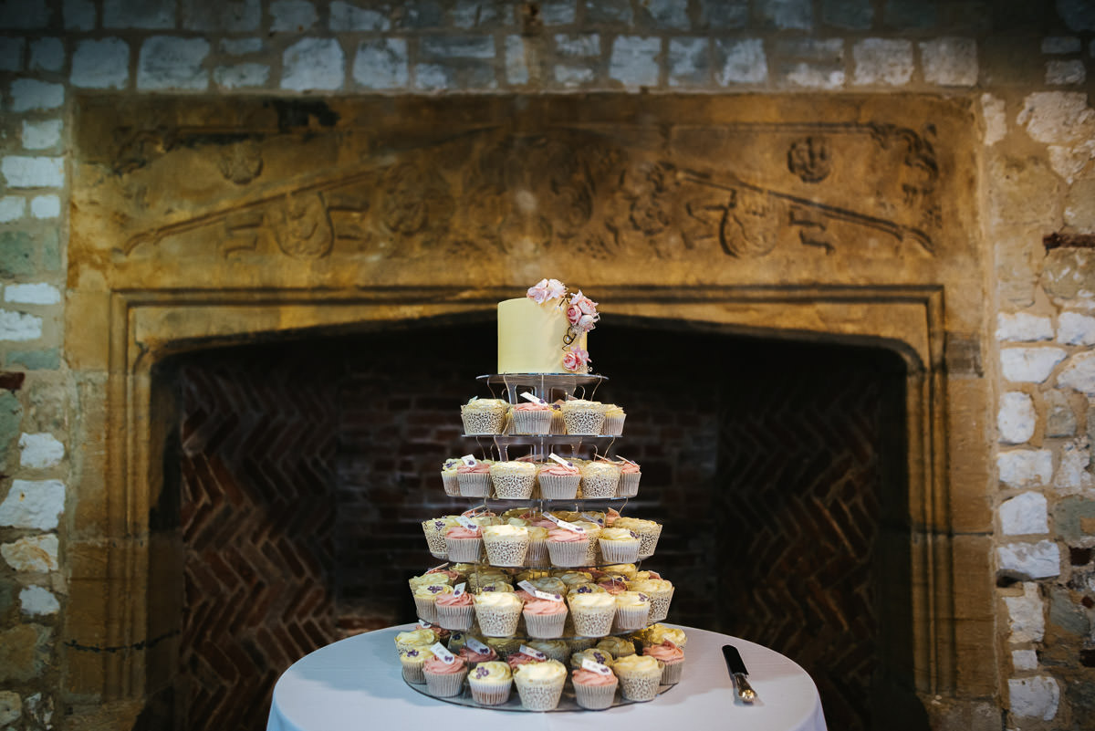 chinese wedding london hall place bexley cupcakes