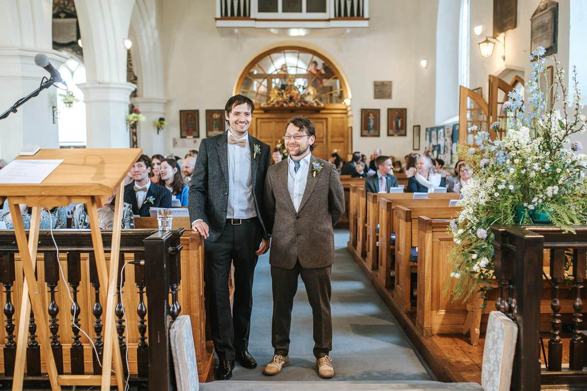 essex documentary wedding photography church