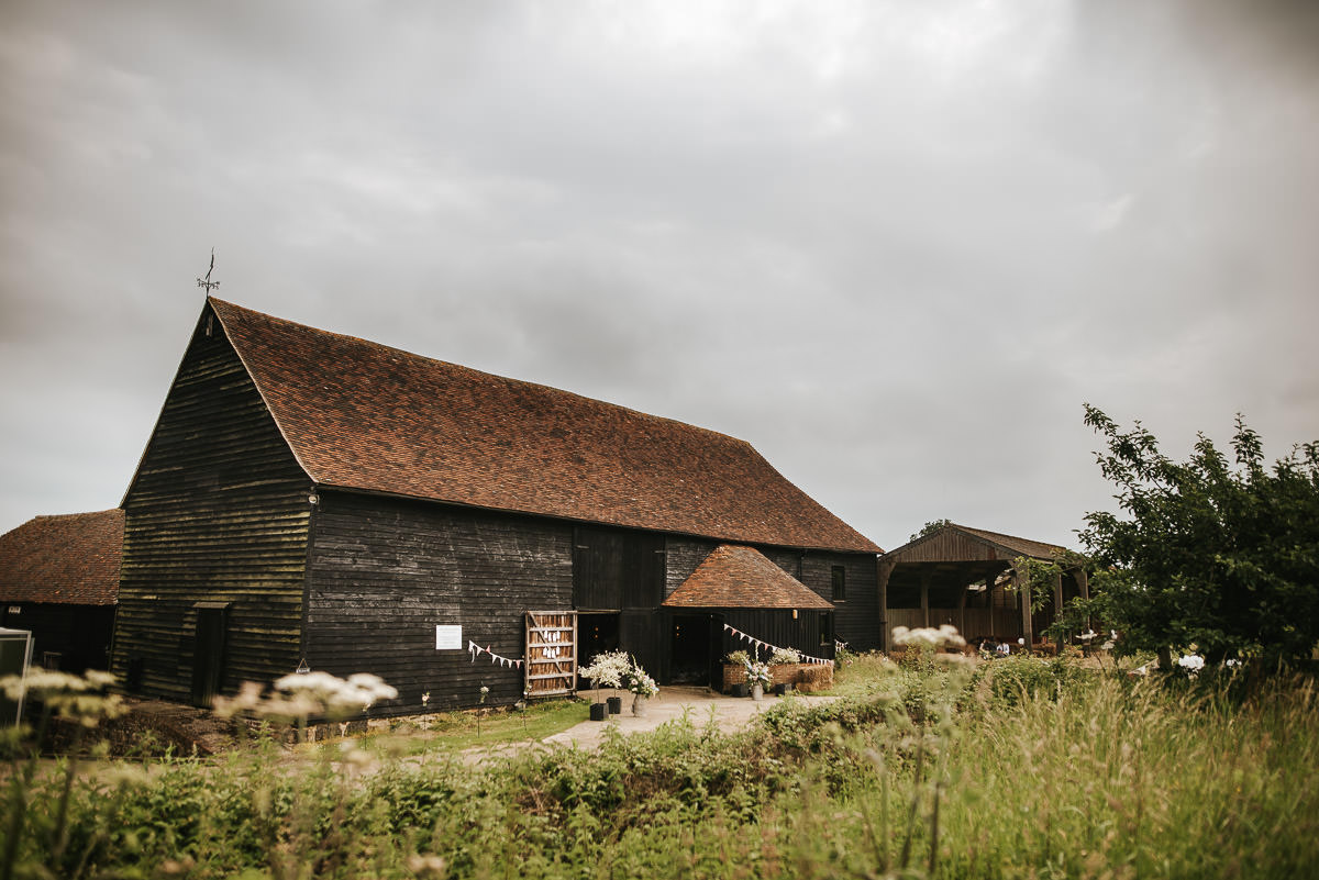 great barn rolvenden wedding