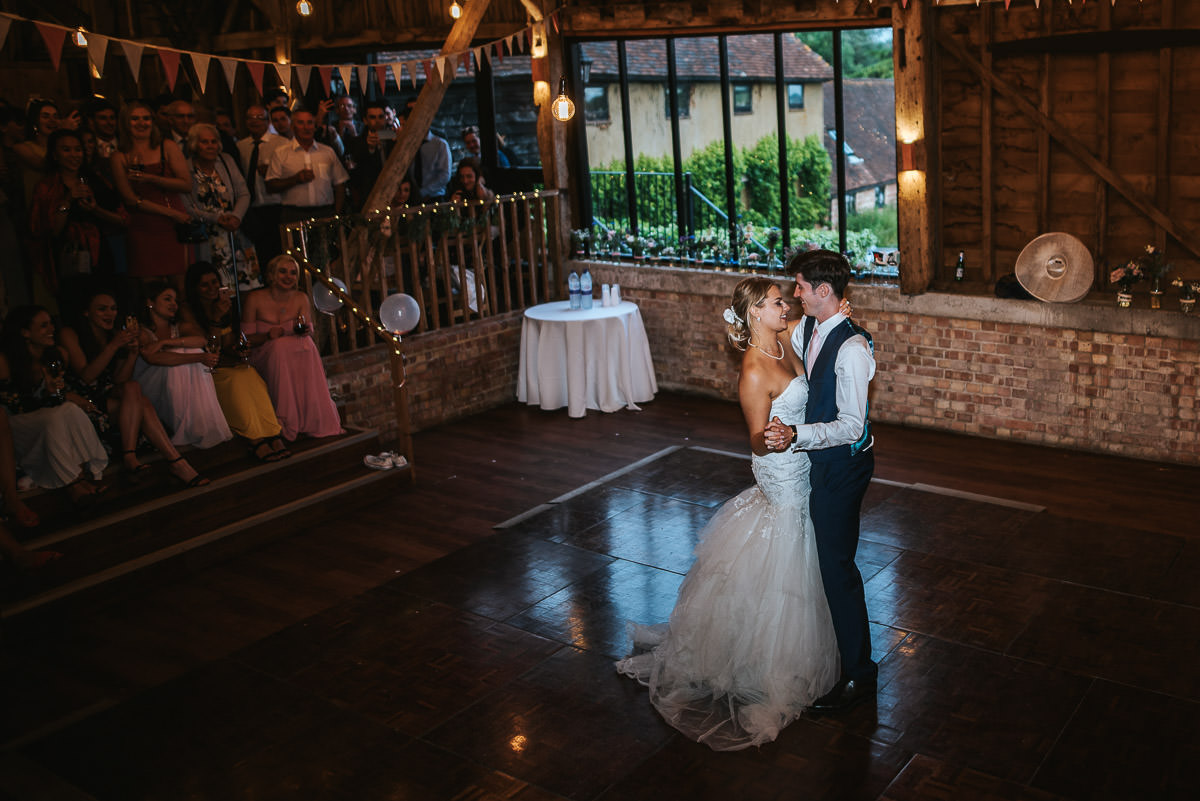 great barn rolvenden wedding first dance