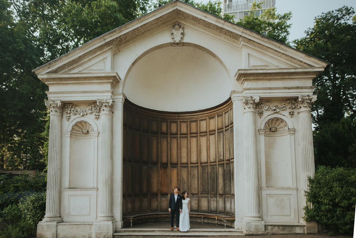 london engagement photography hyde park