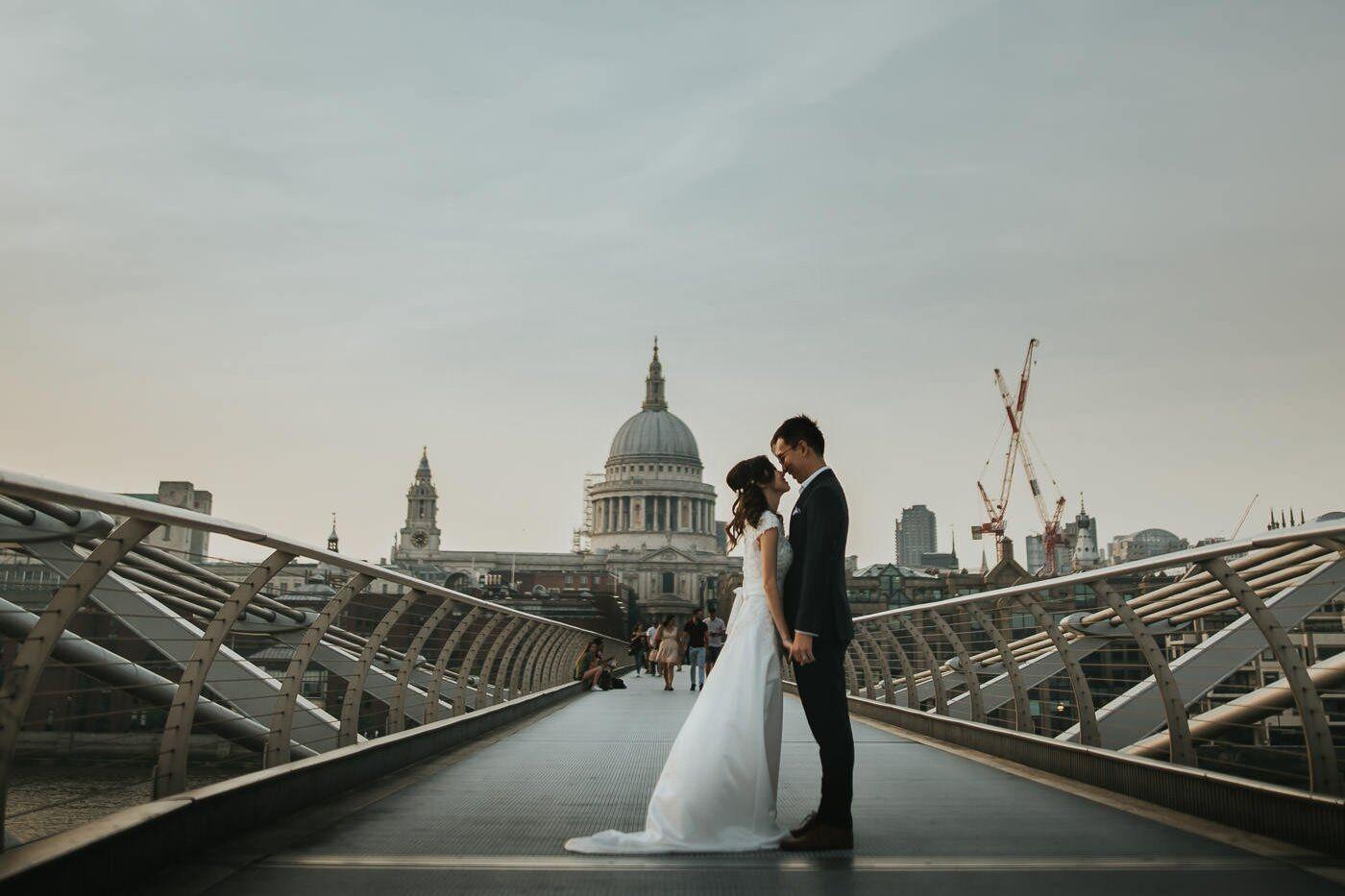 engagement photography london millenium bridge