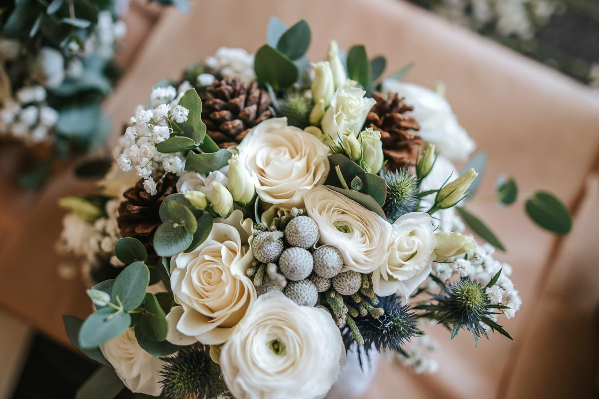 tewin bury farm wedding flowers