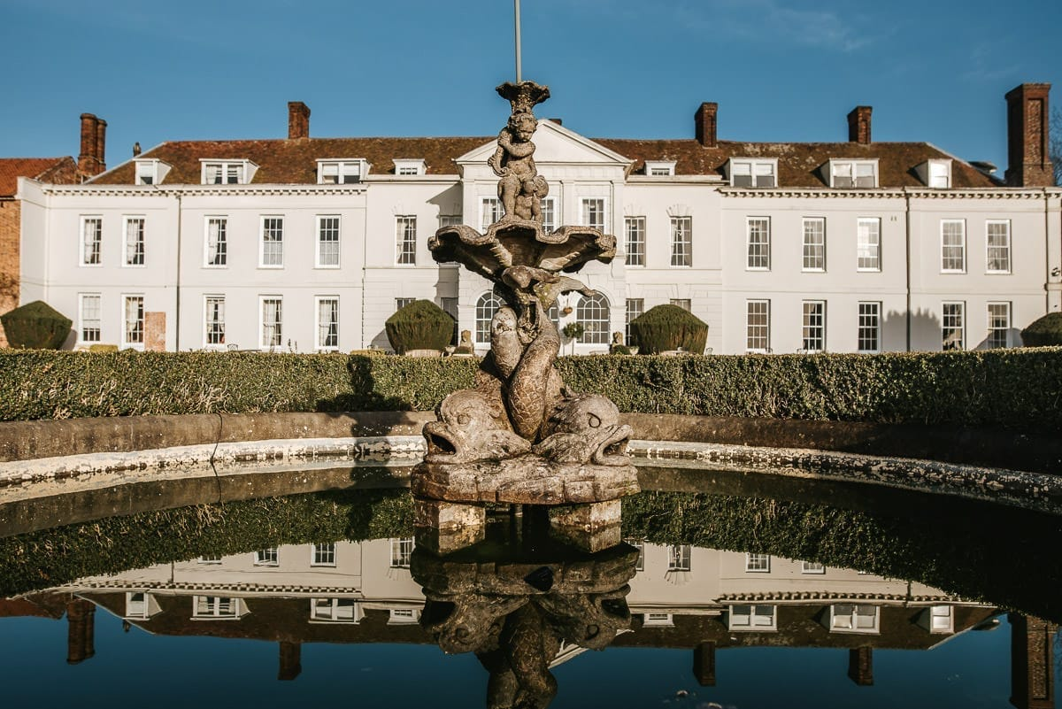 gosfield hall wedding fountain