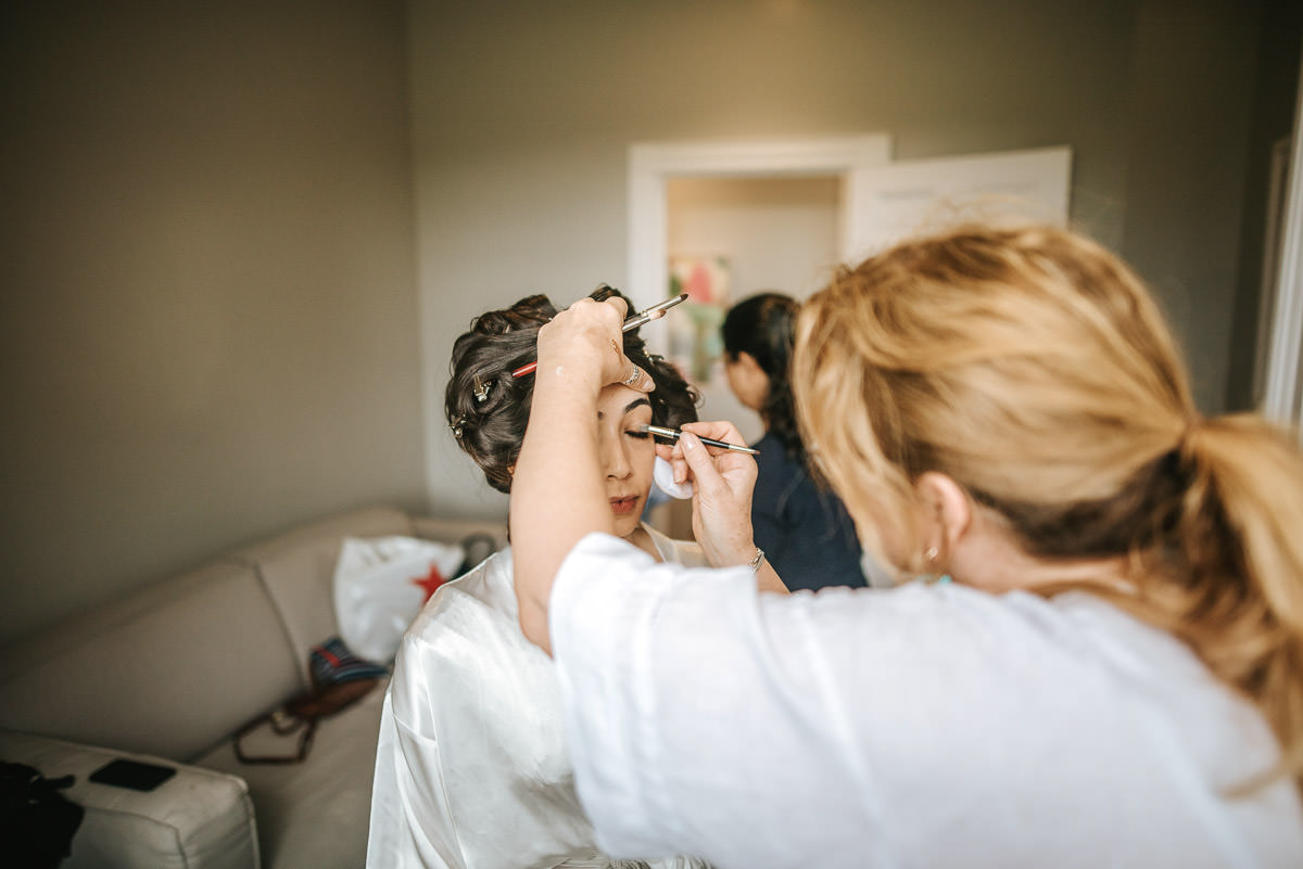 northbrook park wedding getting ready