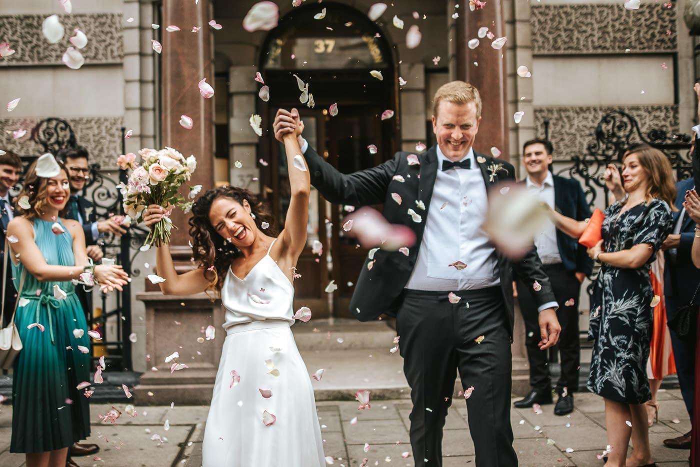 london wedding photos dartmouth house wedding photos